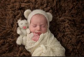 Tanis Saucier newborn photography3.jpg